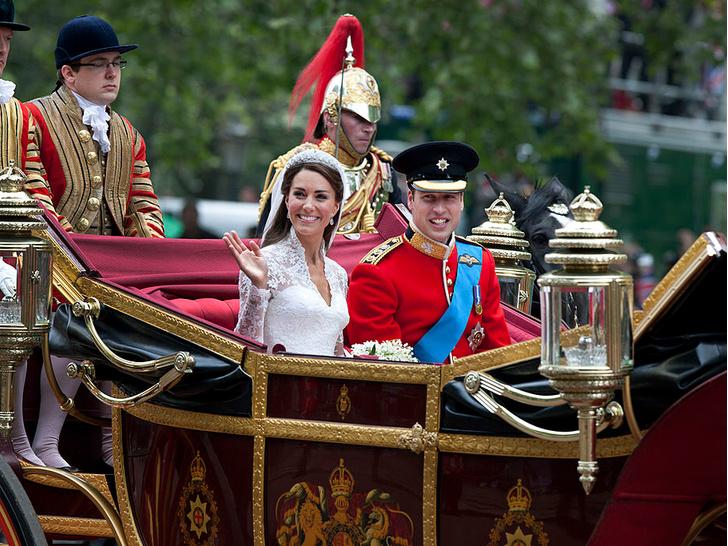 Фото №4 - Странный подход: чем Королева была недовольна на свадьбе Уильяма и Кейт