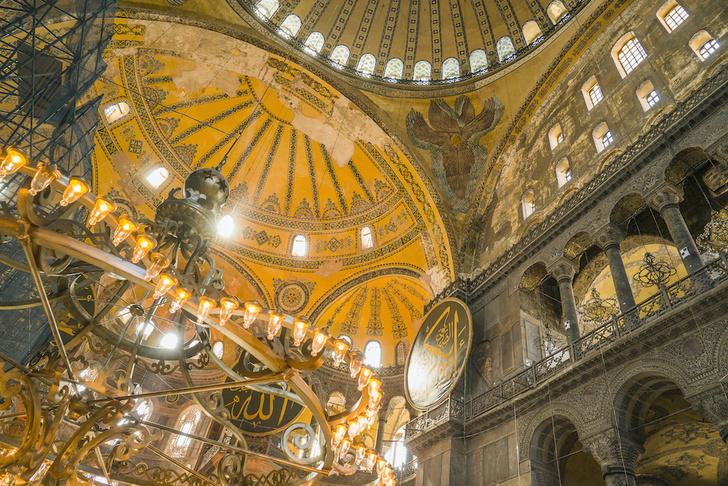 Фото №4 - Собор, мечеть, музей: полторы тысячи лет истории Святой Софии Константинопольской в занимательных фактах