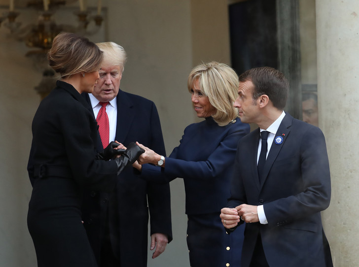 Фото №4 - 18 фотографий Брижит Макрон и Мелании Трамп, доказывающих, что их дружба – это серьезно