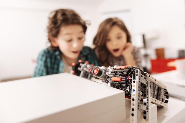 Фото №3 - Вкалывают роботы: что важно знать о роботехнике