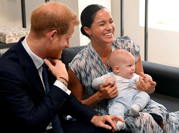 Фото №1 - Меган и Гарри впервые взяли сына на официальную встречу
