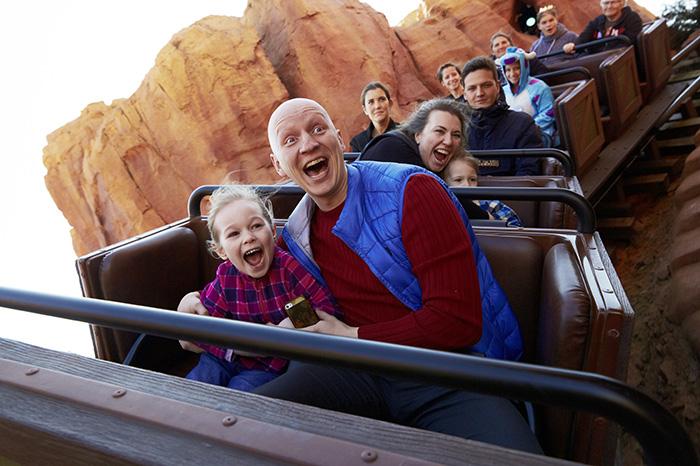Фото №1 - Победители нашего конкурса побывали в Disneyland® Париж!