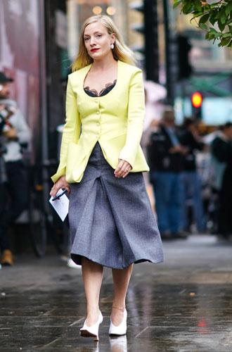 Фото №9 - Как разнообразить деловой дресс-код: простые советы стилиста