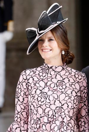 Фото №9 - Модный букет: как королевские особы носят цветочный принт