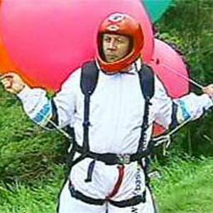 Фото №1 - Воздушные шарики не выдержали