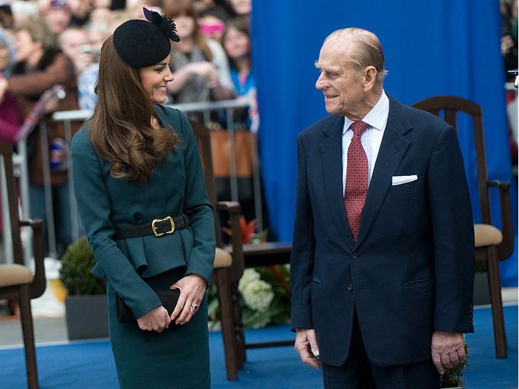 Фото №1 - Неочевидная причина, почему принц Филипп всегда больше симпатизировал Кейт, а не Меган