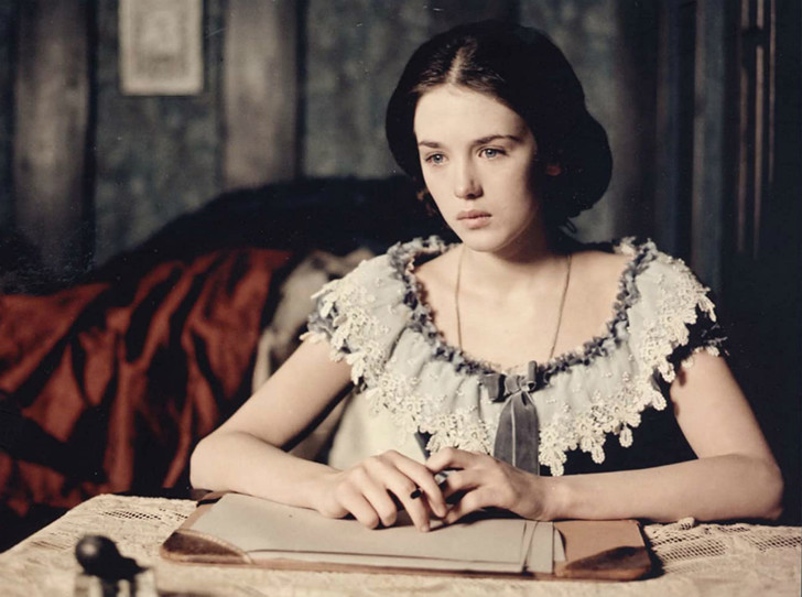 Фото №1 - Синдром Адели: как безответная любовь свела с ума дочь писателя Виктора Гюго