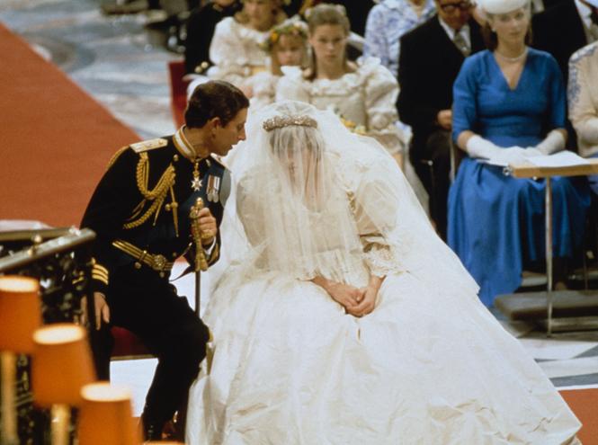 Фото №3 - Первый танец: какие песни выбирали для свадьбы королевские пары