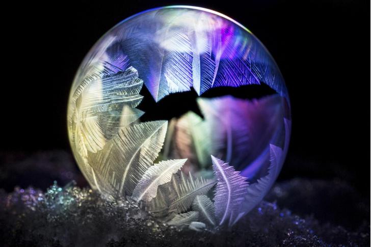 Фото №1 - Как замерзают мыльные пузыри
