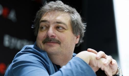 Фото №1 - «Бог есть»: Писатель Дмитрий Быков рассказал, что видел в медикаментозной коме