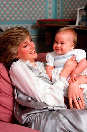 Фото №7 - История в фотографиях: какой мамой была принцесса Диана