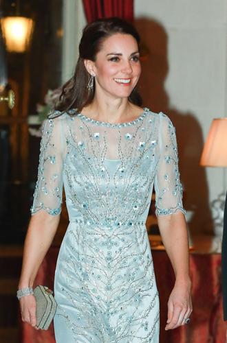 Фото №12 - Почему выходка принца Уильяма на руку Кейт Миддлтон