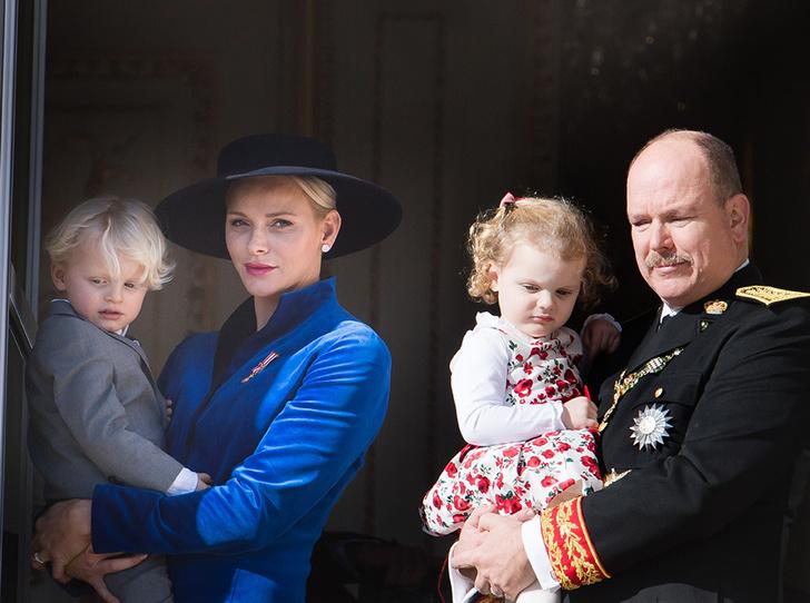 Фото №1 - Дерзкие и упрямые: княгиня Шарлен пожаловалась на близнецов