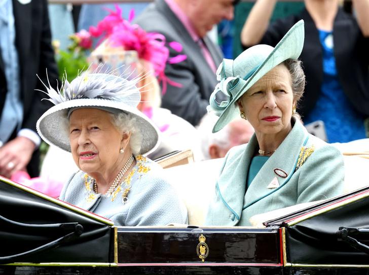 Фото №3 - Брат против сестры: ссора, разделившая принца Чарльза и принцессу Анну