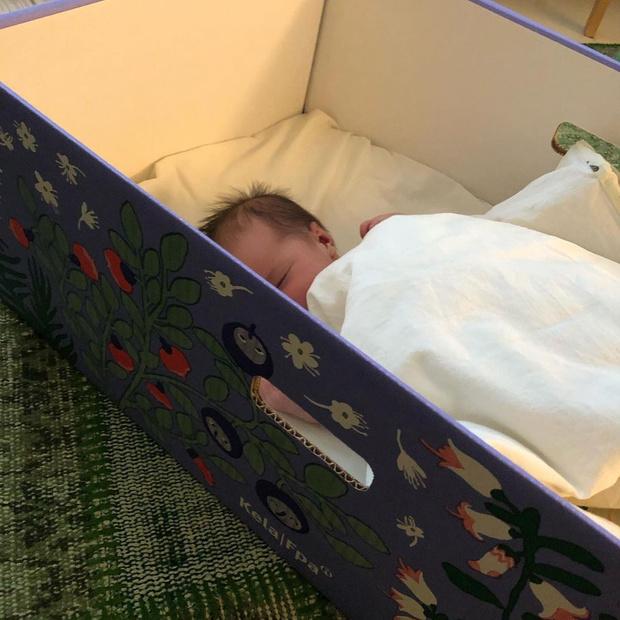 Фото №3 - Почему финские дети спят в коробке?