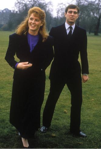 Фото №2 - Почему принц Эндрю и Сара Фергюсон остались жить вместе после развода