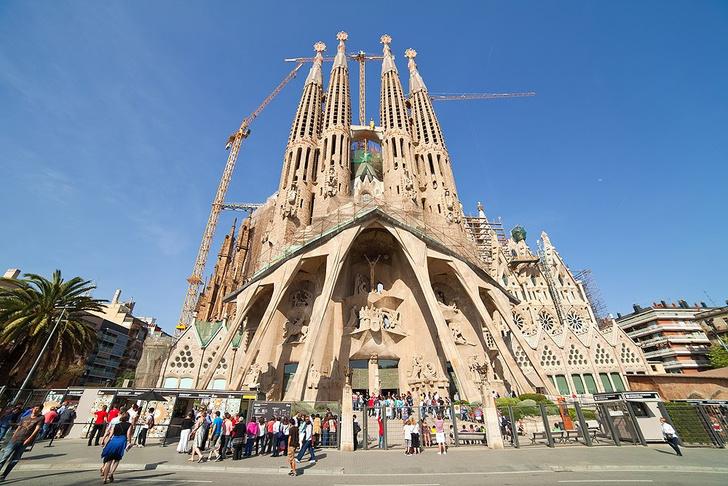 Фото №3 - 5 мест, которые стоит посетить в Барселоне
