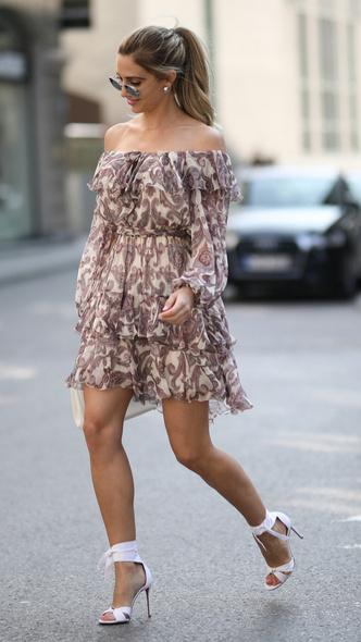 Фото №6 - Летняя классика: что такое чайное платье (и где найти самое модное)