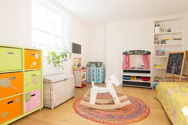 Фото №3 - Детская комната: ремонт безопасными материалами