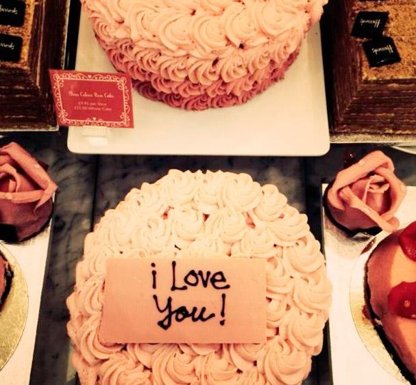 Фото №8 - Звездный Instagram: В предвкушении Дня Святого Валентина