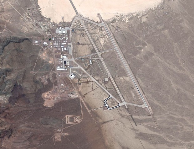 Фото №1 - В Зоне 51 все же «нашли НЛО»— прямо на Google Maps