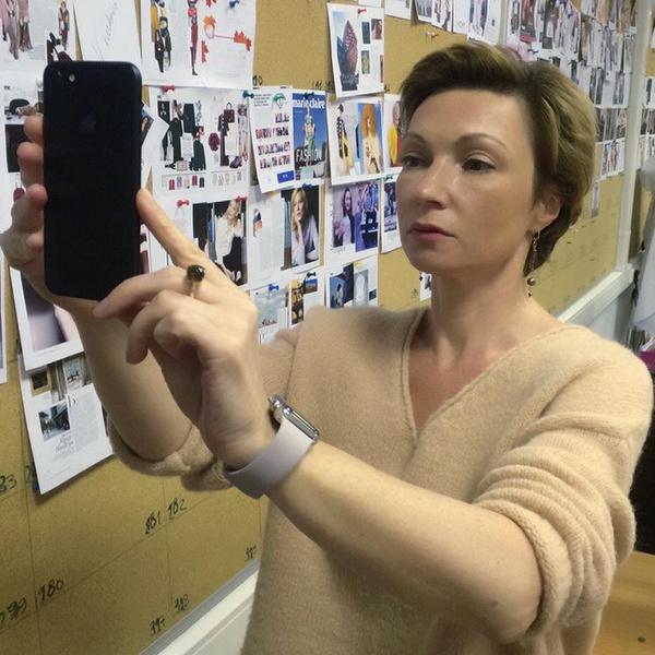 Фото №1 - Тест-драйв камеры iPhone 7 на… косметической выставке