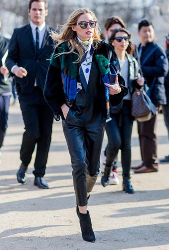 Фото №2 - Все гладко: как мир влюбился в шелковые платки Hermès