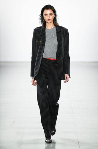 Фото №28 - От классики до сочных красок: лучшие костюмы с Недели моды в Нью-Йорке