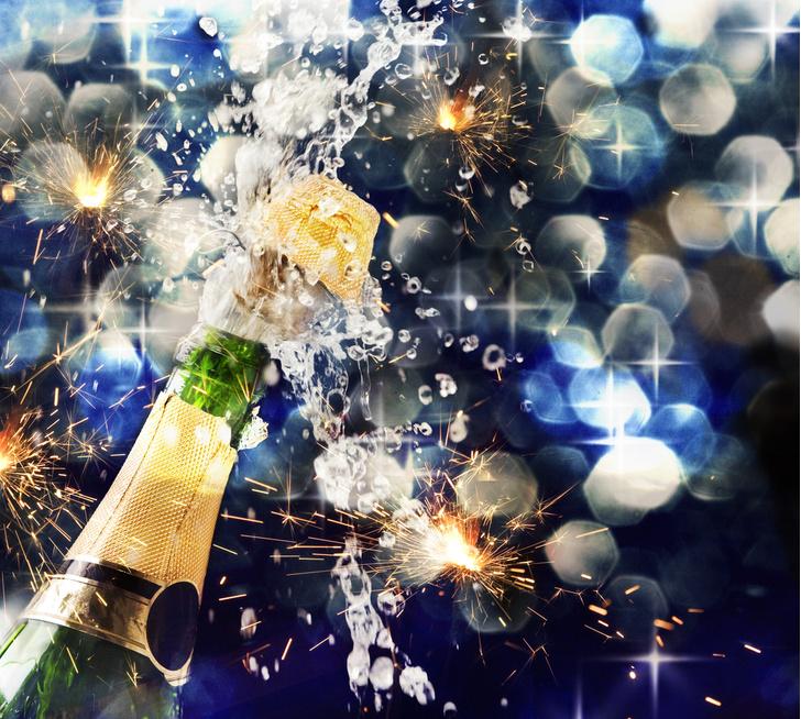 Фото №1 - Ученый рассказал, как открыть бутылку шампанского без «взрыва»