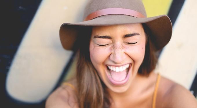 Смех делает нас умнее, и еще 4 причины улыбнуться