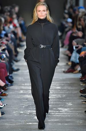 Фото №22 - И в тренде, и в офисе: 7 самых модных идей одежды для работы