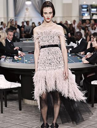 Фото №46 - Неделя Высокой моды в Париже: Chanel FW2015/16