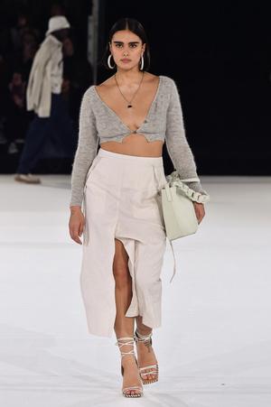 Фото №2 - Как одеваются модели plus-size: 5 стильных советов от Джилл Кортлев