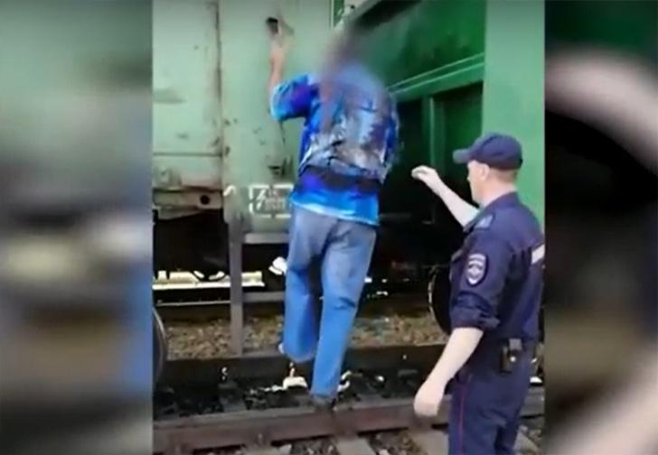 Фото №1 - Житель Новосибирска попытался добраться на дачу в грузовом поезде, тот шел без остановок, и мужчина случайно уехал в Кузбасс