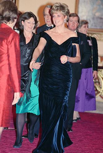 Фото №31 - Как Кейт Миддлтон вдохновляется стилем принцессы Дианы (и, главное, зачем?)