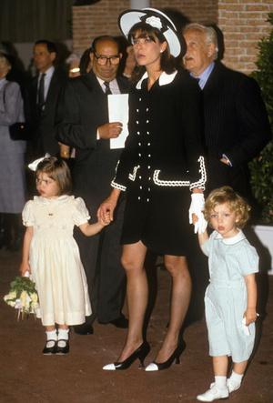 Фото №9 - Стиль принцессы Каролины: модные правила старшей дочери Грейс Келли