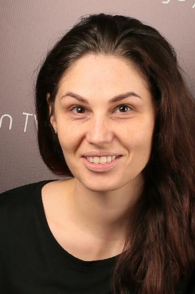 Фото №1 - Ростовчанки с макияжем и без: кто краше?