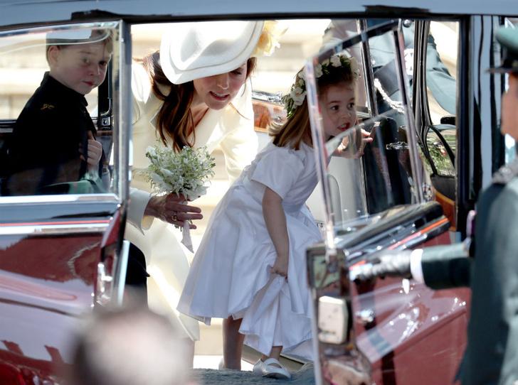 Фото №4 - Особые обстоятельства: почему Кейт и Уильяма не было на свадьбе Беатрис