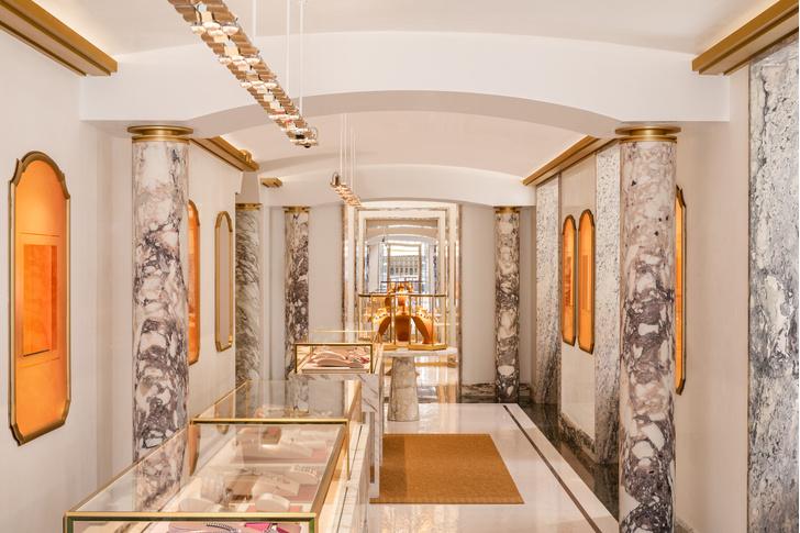 Фото №5 - Новый бутик Bvlgari в Париже: проект Питера Марино
