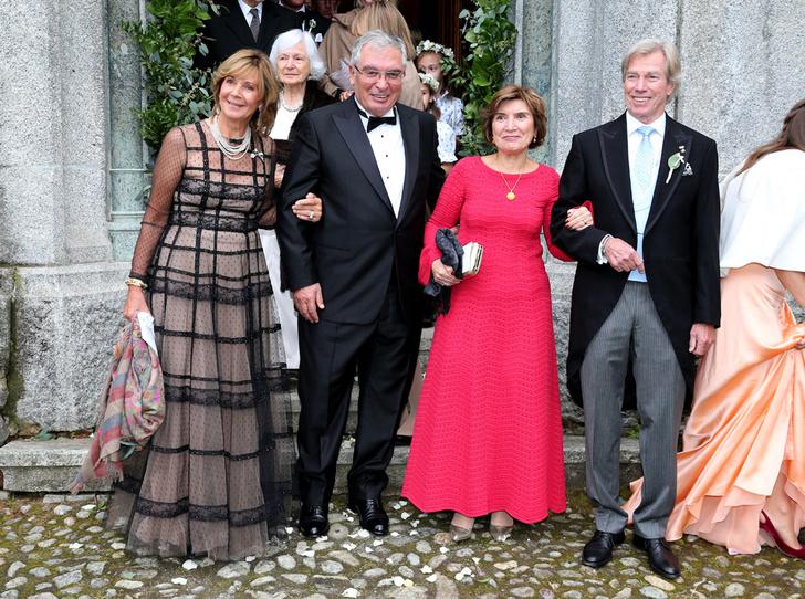 Фото №6 - Минус один принц: как прошла королевская свадьба в Швейцарии