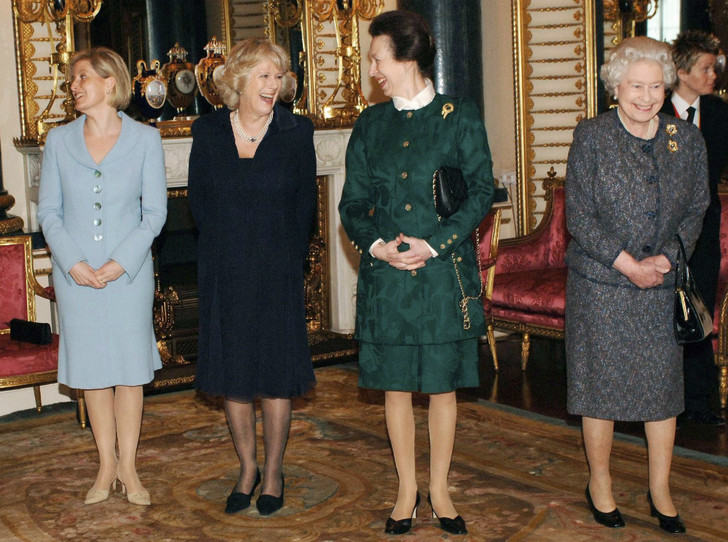 Фото №4 - Королевский союз: герцогиня Камилла и ее дружба с принцессой Анной
