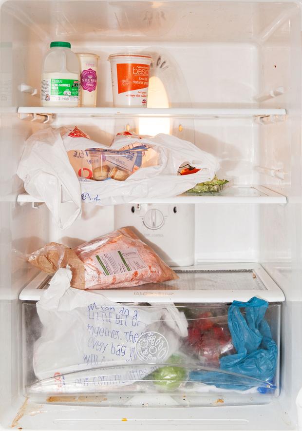 Фото №35 - Что лежит в холодильнике у жителей разных стран: 54 любознательных фото