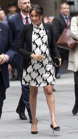 Фото №7 - Дипломатия стиля: 8 случаев, когда Меган делала заявления при помощи моды