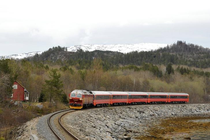 Фото №5 - Под стук колес: 10 самых живописных железнодорожных маршрутов мира