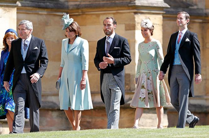 Фото №6 - Кэрол Миддлтон приобщает внуков Джорджа и Шарлотту к семейному делу