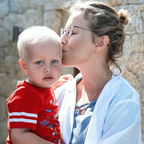 Фото №1 - «Горжусь безмерно»: 3-летний сын Собчак впервые выступил перед публикой