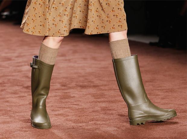 Фото №92 - Стратегический набор: 19 пар обуви, которые никогда не выходят из моды