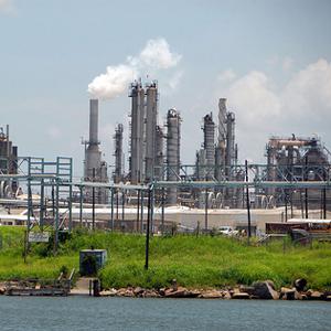 Фото №1 - Разлив жира в заливе