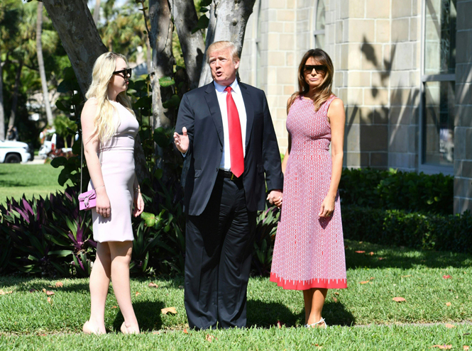 Фото №3 - Дональд и Мелания Трамп вместе встретили Пасху (развод отменяется?)