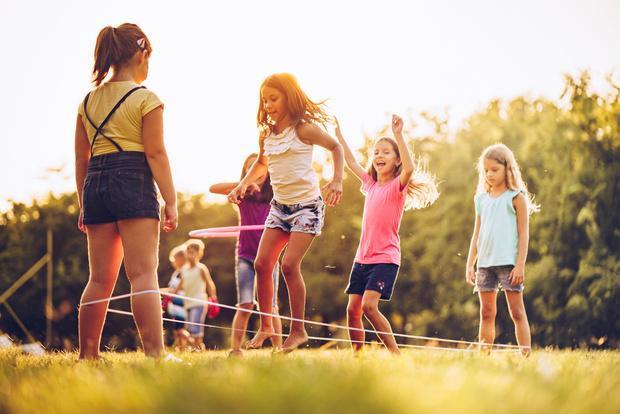 Фото №3 - Как развлекались дети до того, как придумали интернет